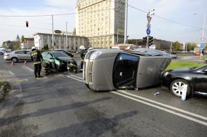 Három autó ütközött a Könyves Kálmán körúton