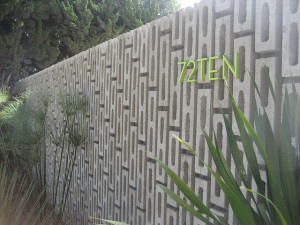 Dekoratív betonkerítés
