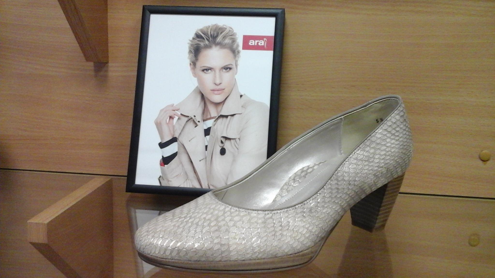Ha Önnek kényelmi cipők kellenek 0d553f74cd